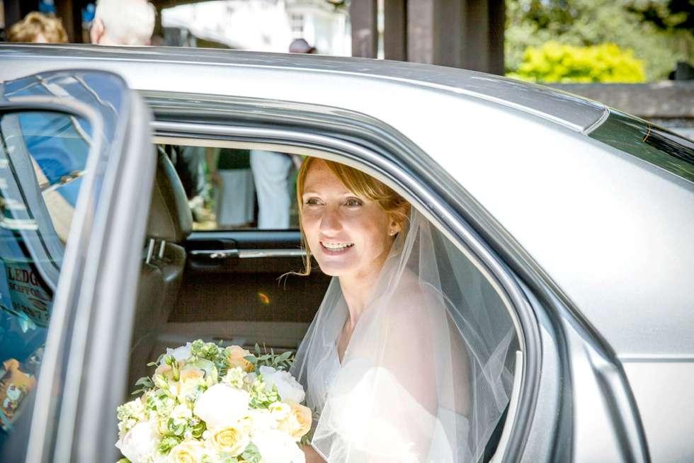 DEVEN-WEDDING-PHOTOGRAPHER-DEER-PARK-HOTEL-0013