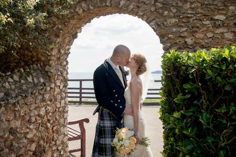 DEVEN-WEDDING-PHOTOGRAPHER-DEER-PARK-HOTEL-0021