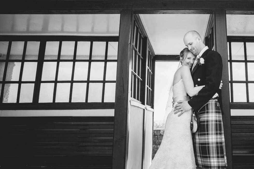 DEVEN-WEDDING-PHOTOGRAPHER-DEER-PARK-HOTEL-0026