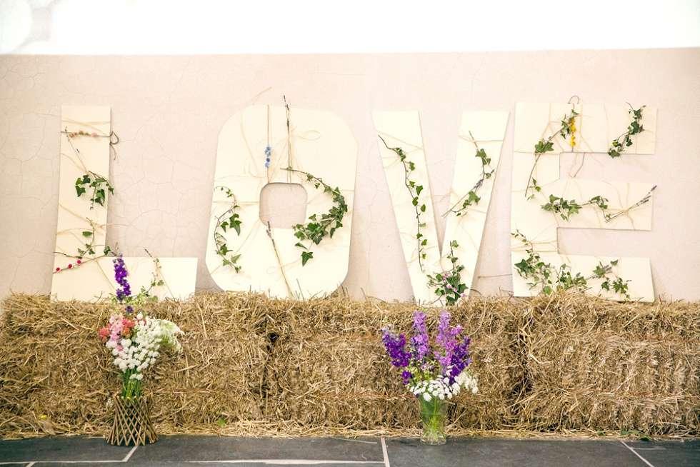 Wedding-At-The-Oak-Barn-Devon-018