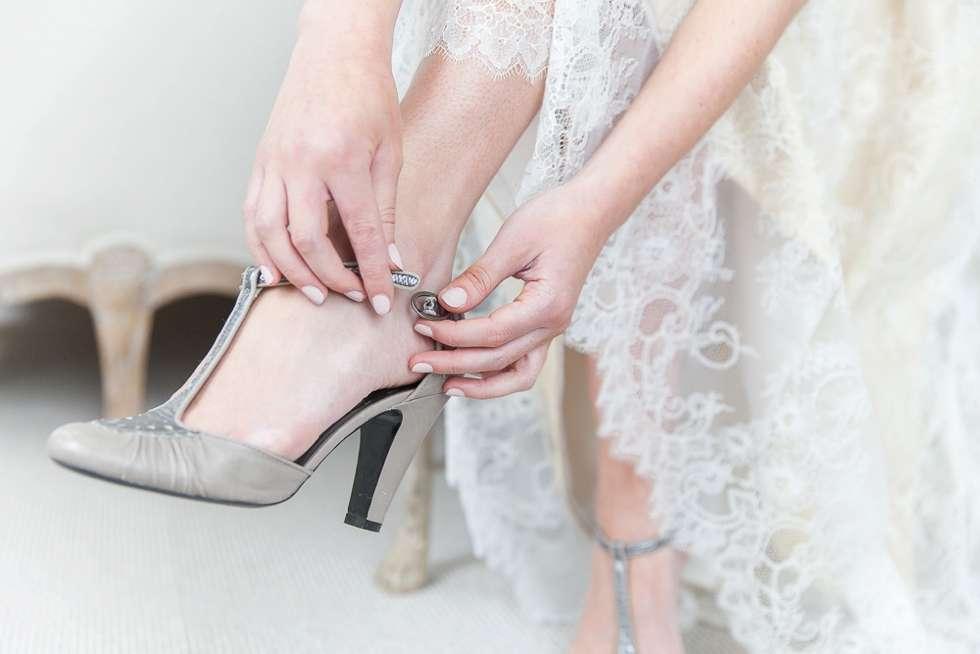 Wedding-Bridal-Fashion-At-Pynes-House-004
