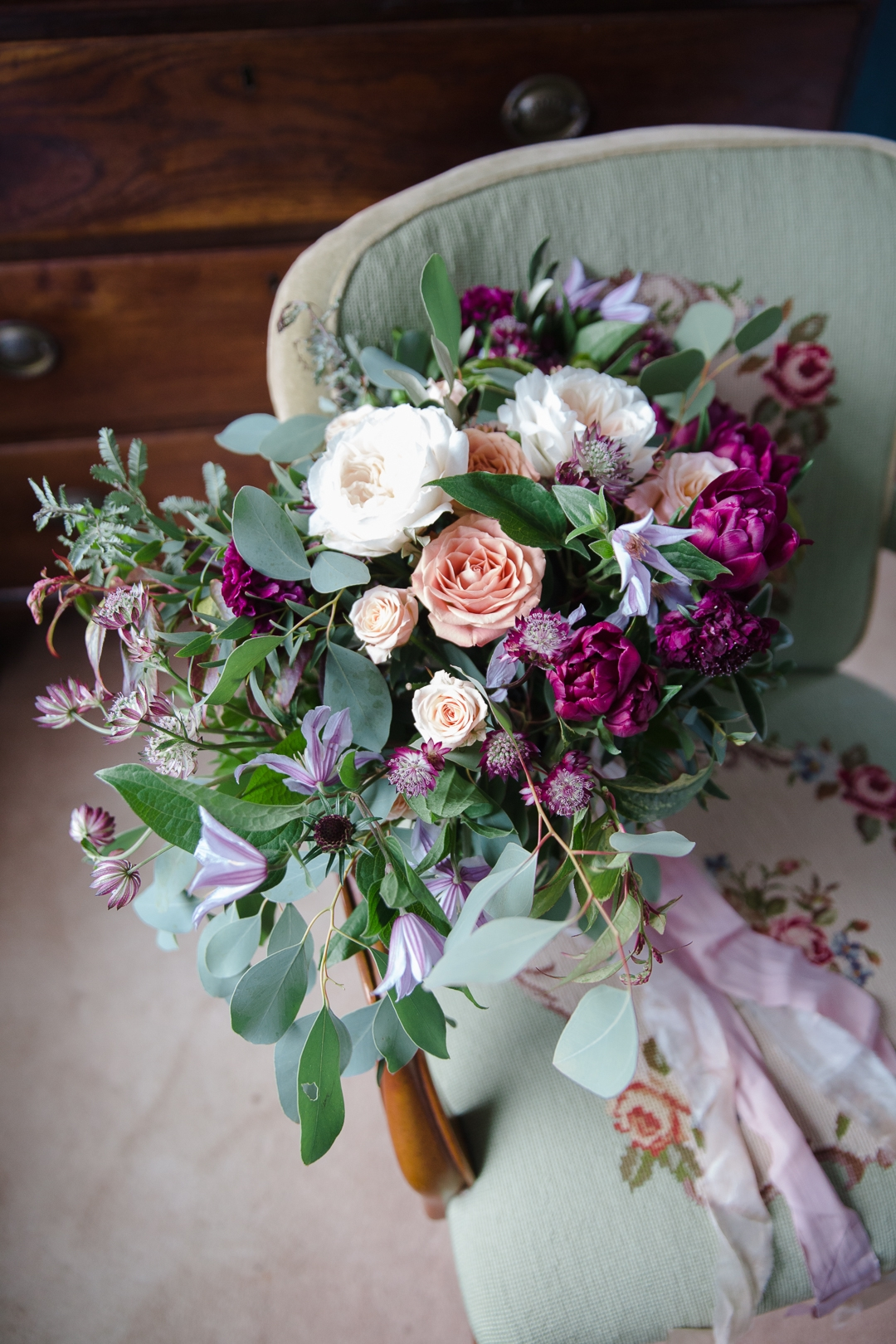 burgundy and green wedding bouquet inspiration