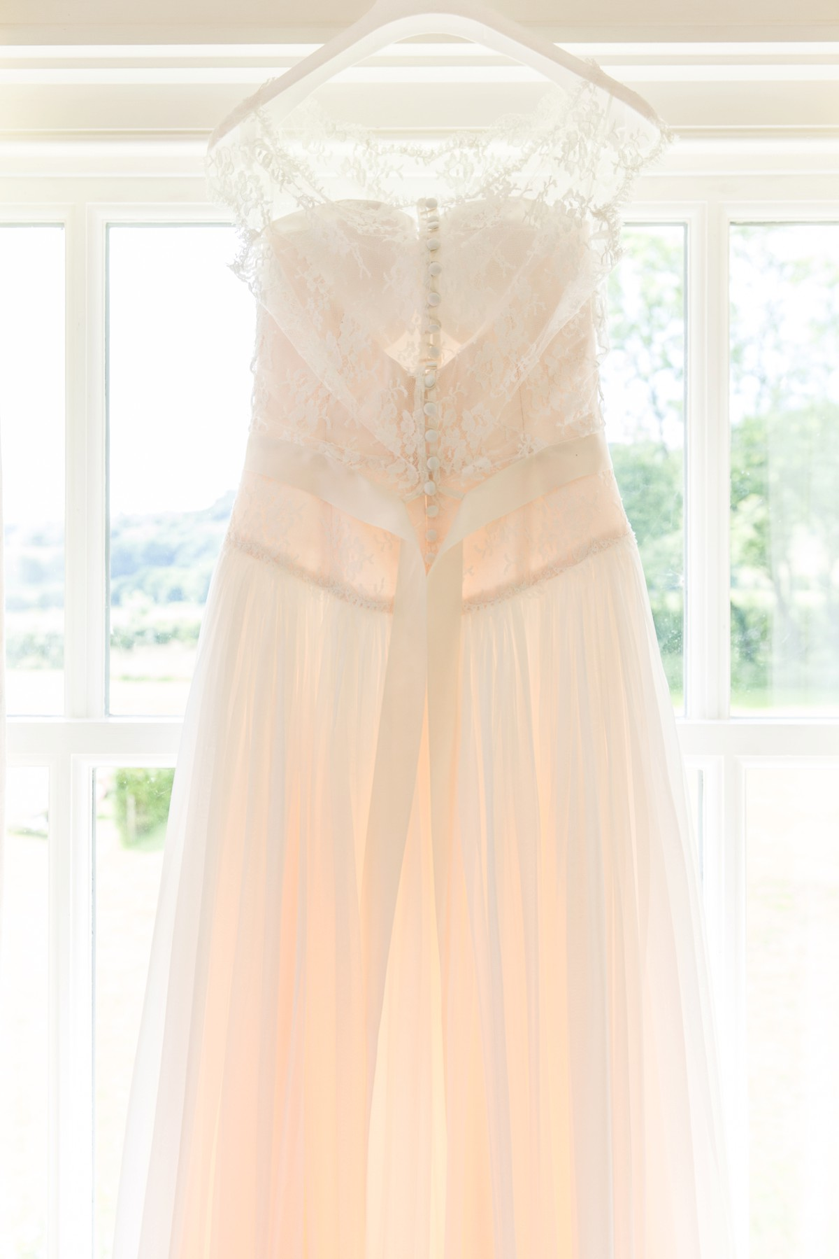 Naomi Neoh wedding dress close up