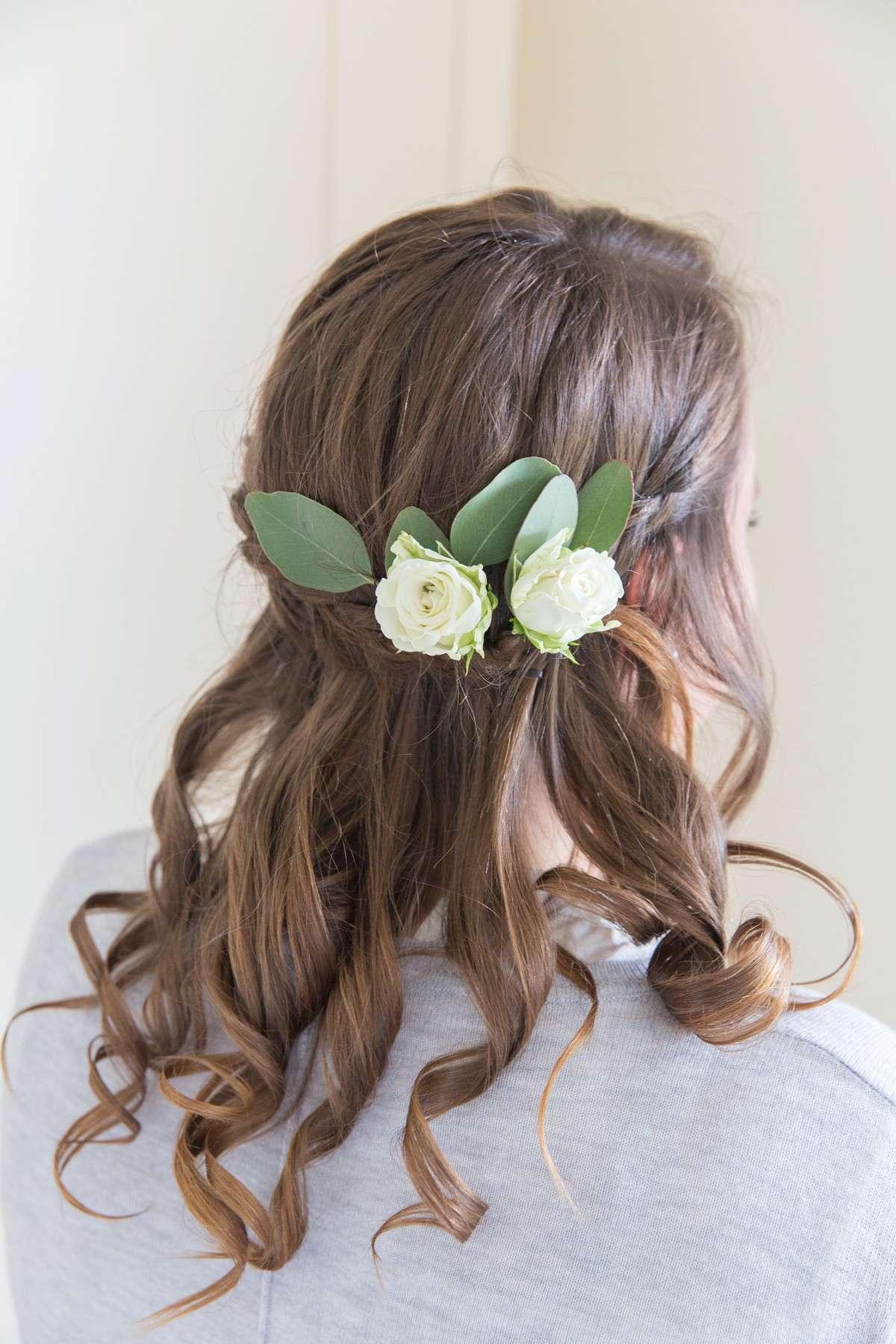 flowers in bridesmaids hair