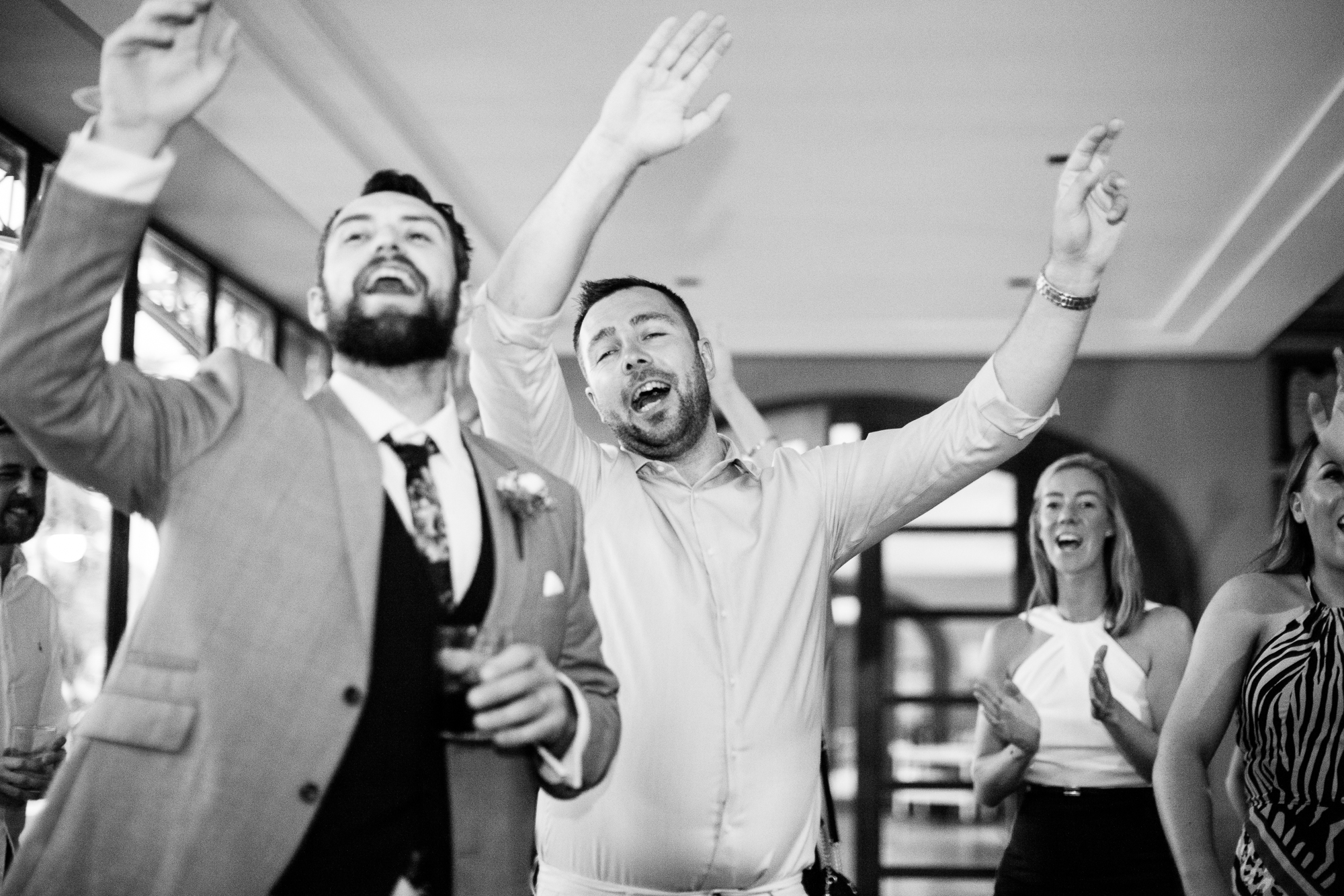 guests dance at Spanish wedding band